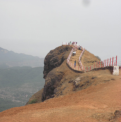 Echo Point in Mahabaleshwar